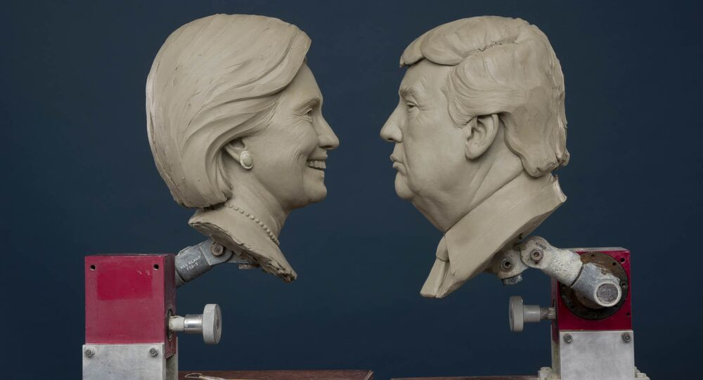 Clay sculptures of Republican and Democratic Presidential Candidates, Donald Trump and Hillary Clinton