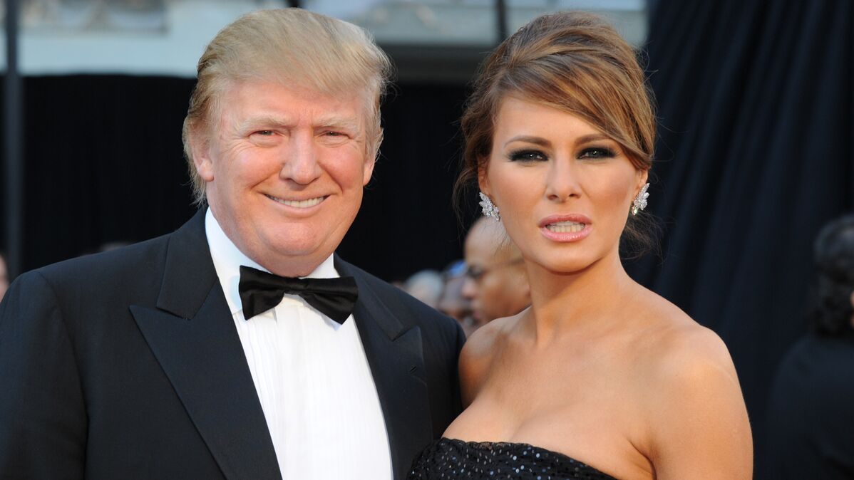White House Shares Romantic Pic Of Donald And Melania Trump To