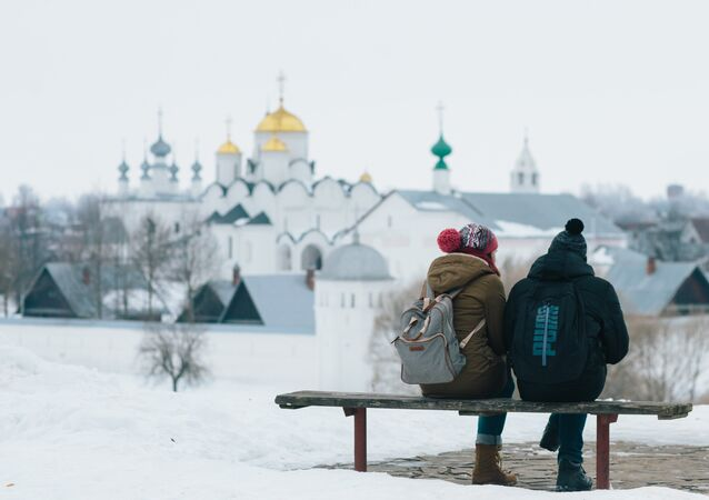 Tourists in Suzdal