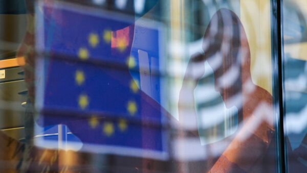 Reflection of the EU flag in a window of a building in Brussels. (File) - Sputnik International