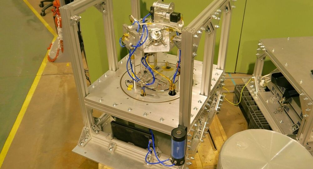 3D metal printer developed by Dr Carter from the University of Birmingham