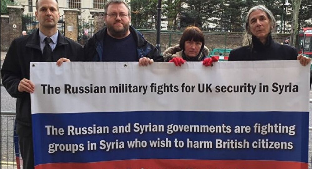 UK citizens rallying near the Russian Embassy in London in support of Russia's anti-terrorist campaign in Syria