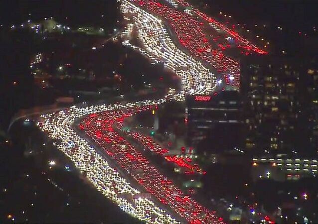 Happy Thanksgiving: L.A. Suffers 'World's Worst Traffic Jam' Ahead of Holiday