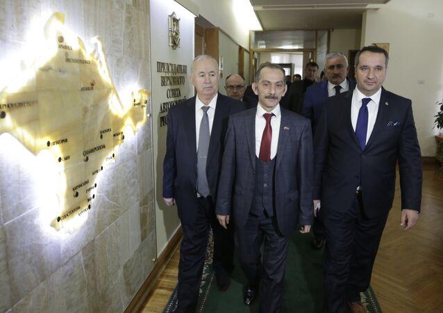 Turkish delegation visits Crimea