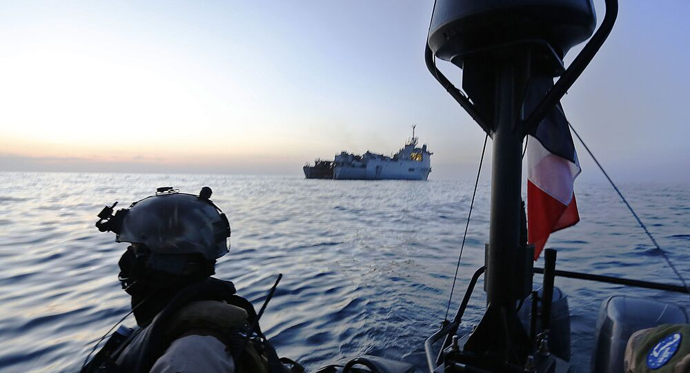 French marine commandos operate on a speed boat just off the French ship Sirocco attached the joint European Union Naval Force (EUNAVFOR-Somalia) combating piracy off the coast of Somalia