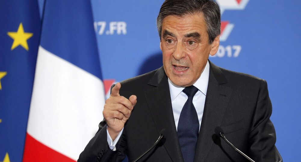 Francois Fillon, former French prime minister and member of Les Republicains political party, delivers his speech after partial results in the second round for the French center-right presidential primary election in Paris, France, November 27, 2016.