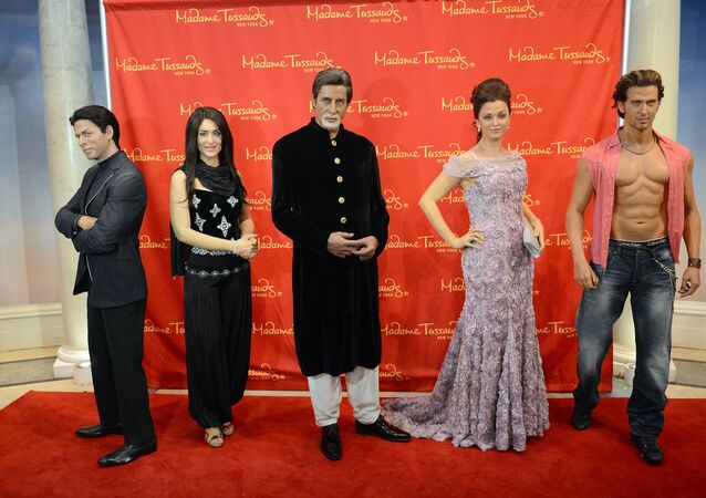 Wax figures of Indian movie stars (L-R) Shah Rukh Khan, Kareena Kapoor, Amitabh Bachchan, Aishwarya Rai and Hrithik Roshan are on display during the unveiling of a travelling exhibit featuring five wax figures of Bollywood's top star at Madame Tussauds in New York. (File)