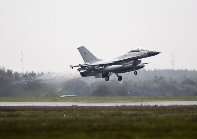 One of the seven Danish F-16 fighter jets takes off from military airport Flyvestation Skrydstrup in Jutland, Denmark (File)