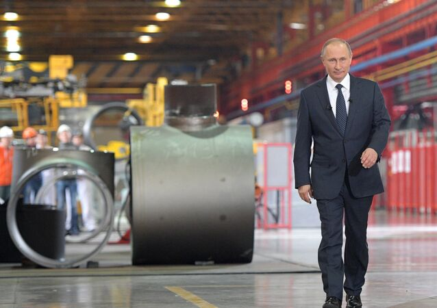 December 5, 2016. Russian President Vladimir Putin visits the ETERNO shop of the Chelyabinsk Pipe-Rolling Plant as part of his visit to the Chelyabinsk Region.