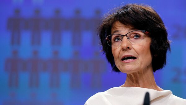 European Employment, Social Affairs, Skills and Labour Mobility Commissioner Marianne Thyssen addresses a news conference at the EU Commission headquarters in Brussels, Belgium, November 16, 2016. - Sputnik International