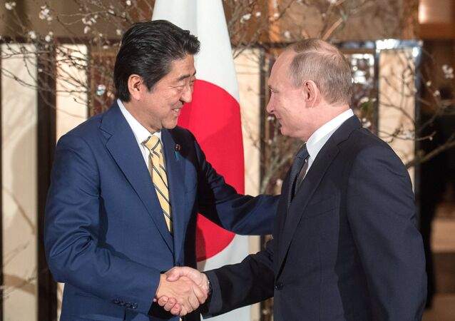 December 15, 2016. Russian President Vladimir Putin and Japanese Prime Minister Shinzo Abe, left, meet in Nagato, Yamaguchi Prefecture.