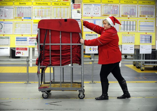 Royal Mail staff member