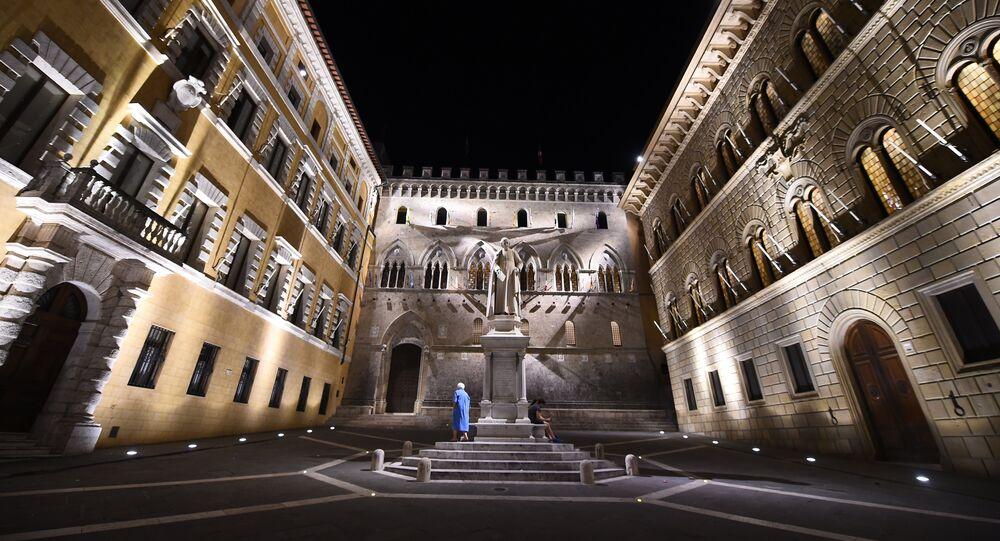Head Office of Monte dei Paschi di Siena Bank in Siena (File)