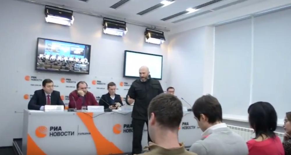 Situation in RIA Novosti press center in Kiev, Decmber 19, 2016