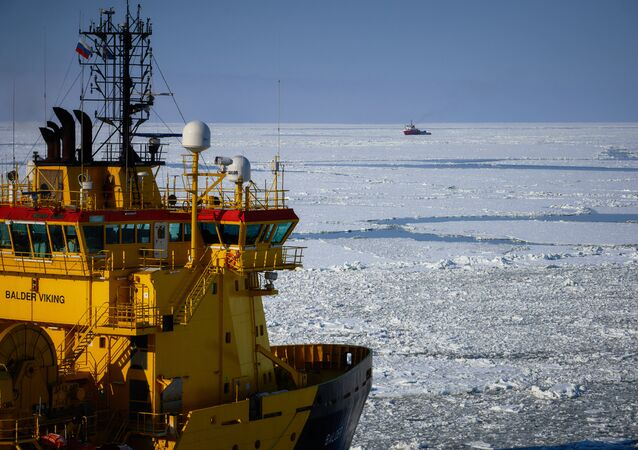 Russia and Norway plan to sign a final agreement next April on exploration work in the formerly disputed area in the Arctic.