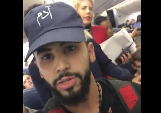 YouTube Star, Famous for Hoaxes, Kicked Off Delta Flight for Speaking Arabic