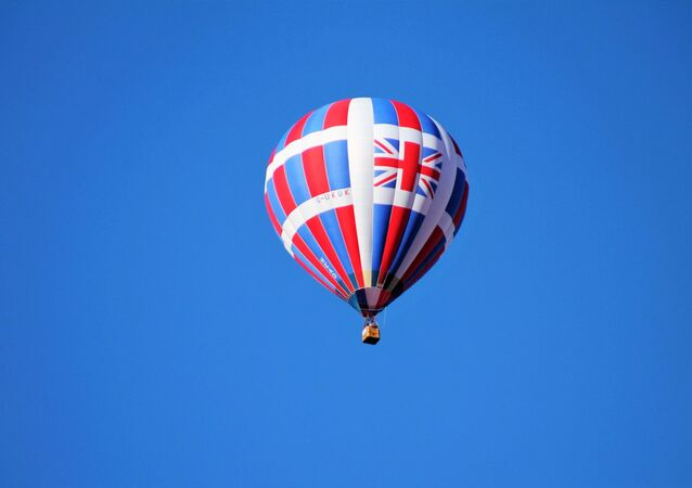 Hot air balloon with the Union Jack
