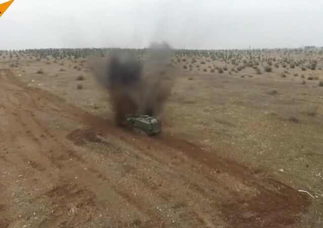 Russian Soldiers Destroy Mines In Syria