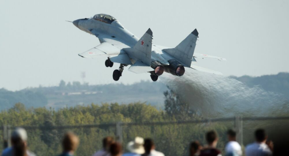 MiG-35 fighter performs a demonstration flight at the Maks-2015 International Aerospace Salon in Zhukovsky near Moscow