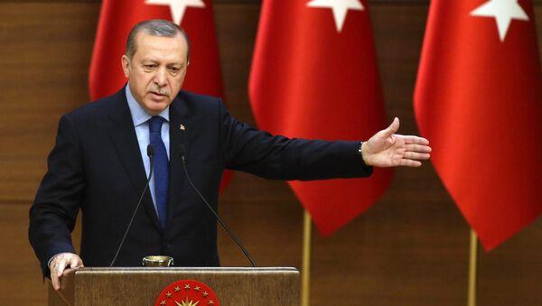 Turkish President Recep Tayyip Erdogan delivers a speech during the 31st Mukhtars (local administrators) meeting at Presidential Complex in Ankara on December 7, 2016. - Sputnik International