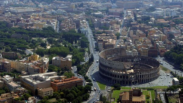 An aerial view of the Colosseum in Rome - Sputnik International