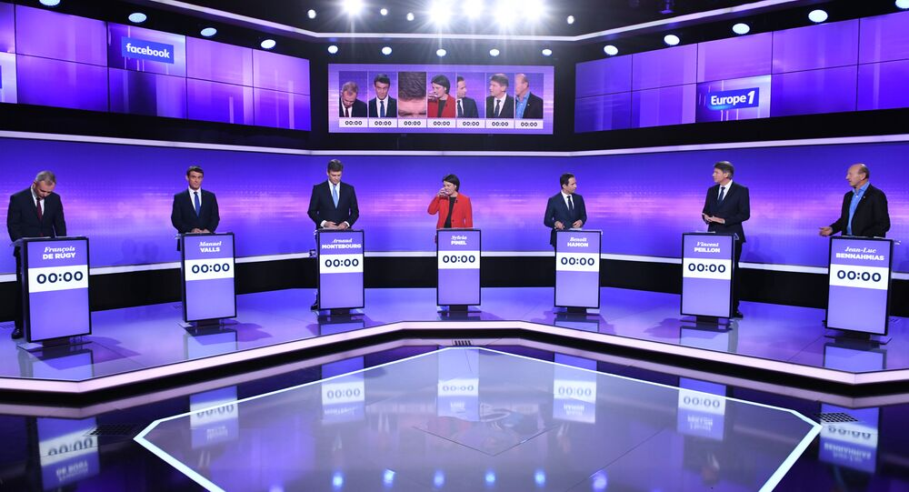 Candidates for the French left's presidential primaries ahead of the 2017 presidential election (from L) founder of the Ecology party Ecologistes! Francois de Rugy, former Prime minister Manuel Valls, former Economy minister Arnaud Montebourg, President of the Radical Left Party (PRG) Sylvia Pinel, former Education minister Benoit Hamon, former Education minister Vincent Peillon and President of the Democratic Front (Front Democrate) Jean-Luc Bennahmias take part in a final televised debate in Saint-Cloud on January 19, 2017