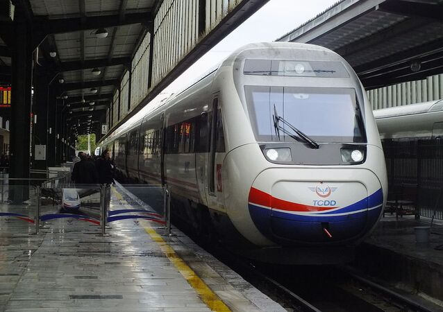 A westbound YHT train waiting at Ankara station