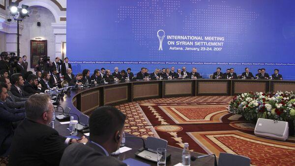 Participants of Syria peace talks attend a meeting in Astana, Kazakhstan January 23, 2017. - Sputnik International