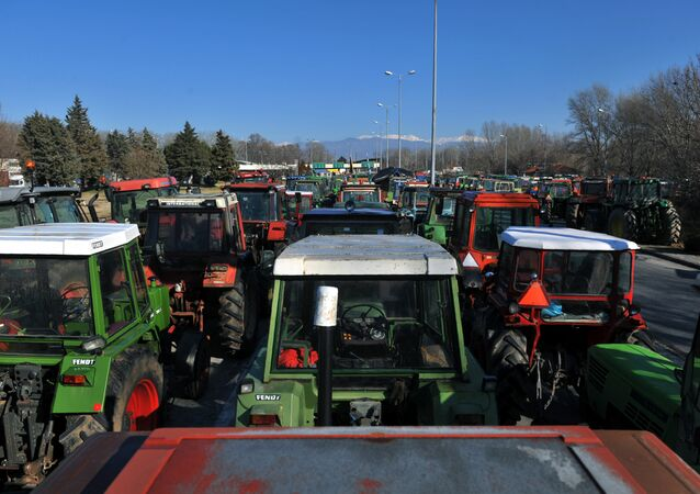 Greek farmers staged on Monday demonstrations across the country by blocking roads with their tractors, protesting against tax increases, Greek Reporter news portal reported