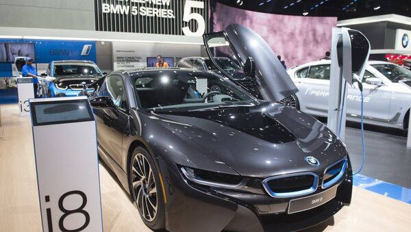 The BMW i8 is seen during the 2017 North American International Auto Show in Detroit, Michigan, January 10, 2017. - Sputnik International