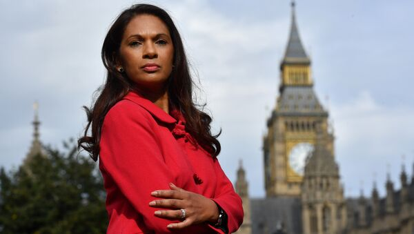 Gina Miller, co-founder of investment fund SCM Private, poses for a photograph near the Houses of Parliament in central London on October 12, 2016. - Sputnik International