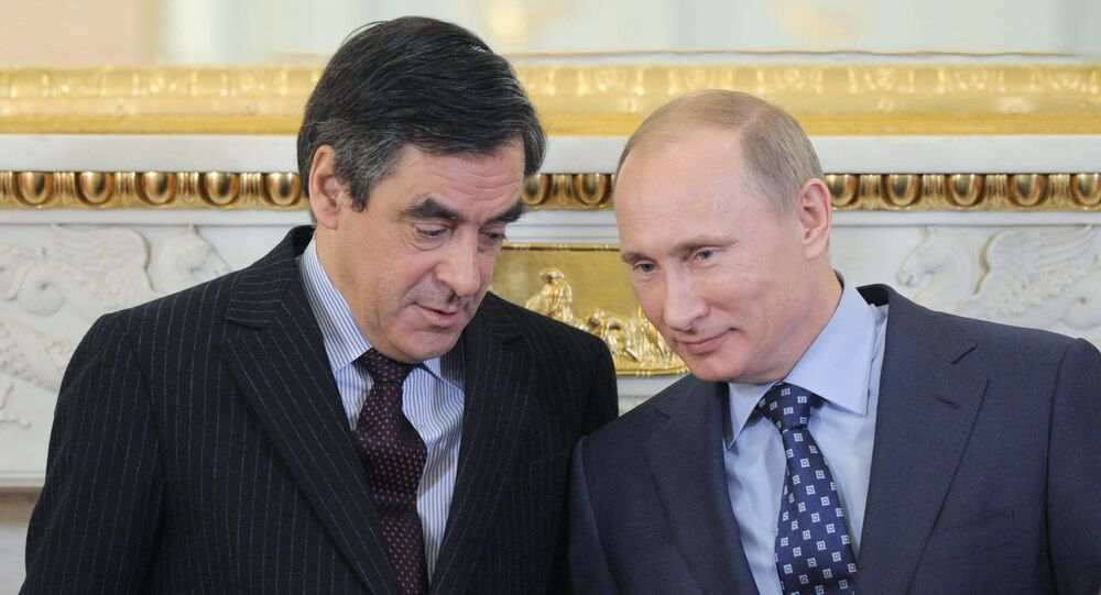 Vladimir Putin and Francois Fillon at joint news conference, Moscow (file)