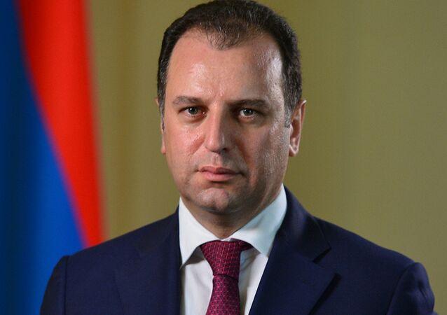 Armenian Defense Minister Vigen Sargsyan