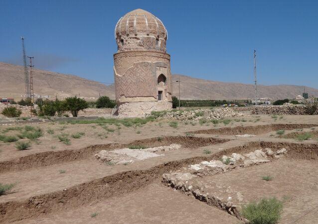 Mausoleum of Zeynel Bey