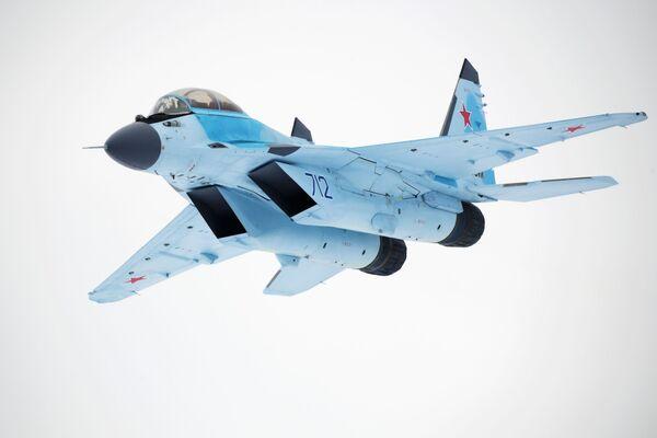 Russia's Cutting-Edge MiG-35 Multirole Fighter at Its Finest - Sputnik International