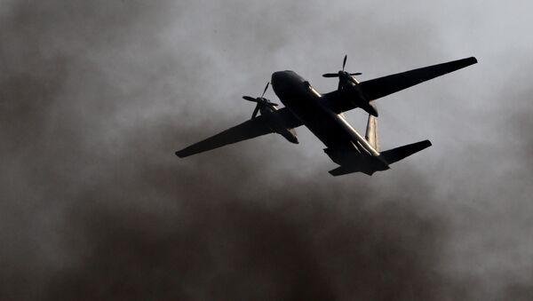 A Ukrainian military transport plane came under fire on Wednesday while conducting a training flight over the Black Sea, Ukrainian Defense Minister Stepan Poltorak said - Sputnik International