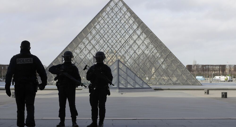 French police secure the site near the Louvre Pyramid in Paris, France, February 3, 2017 after a French soldier shot and wounded a man armed with a knife after he tried to enter the Louvre museum in central Paris carrying a suitcase, police sources said.