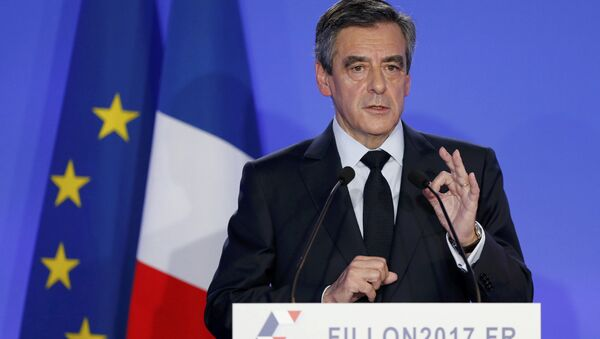 Francois Fillon, former French prime minister, member of The Republicans political party and 2017 presidential candidate of the French centre-right, speaks during a news conference about a fake job scandal at his campaign headquarters in Paris, France. (File) - Sputnik International