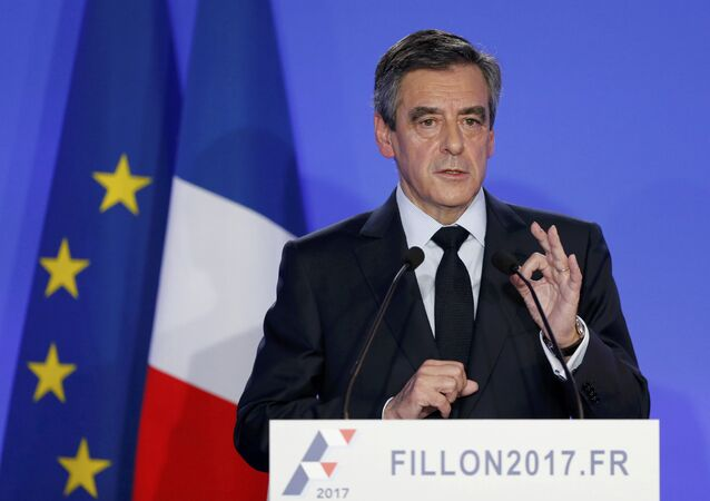 Francois Fillon, former French prime minister, member of The Republicans political party and 2017 presidential candidate of the French centre-right, speaks during a news conference about a fake job scandal at his campaign headquarters in Paris, France, February 6, 2017