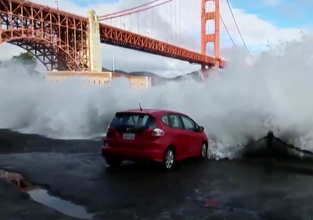 Free Carwash by the Golden Gate - 2/10/2017
