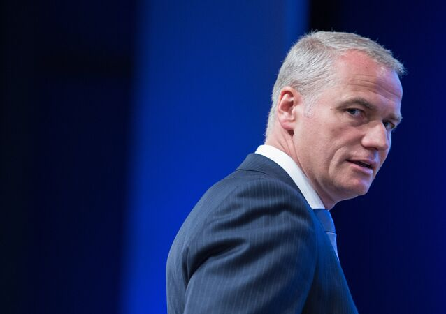 Carsten Kengeter, CEO of the Deutsche Boerse Group, arrives for the shareholders' meeting of the stock exchange company in Frankfurt, Germany (File)