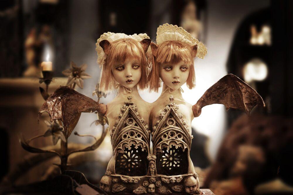 Bat Twins