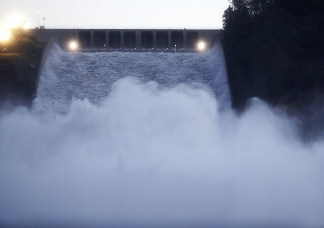 The 770-foot Oroville Dam, which sprung a leak on Sunday, February 12.