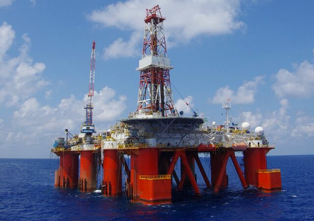 HAKURYU-5 semi-submersible floating drilling rig