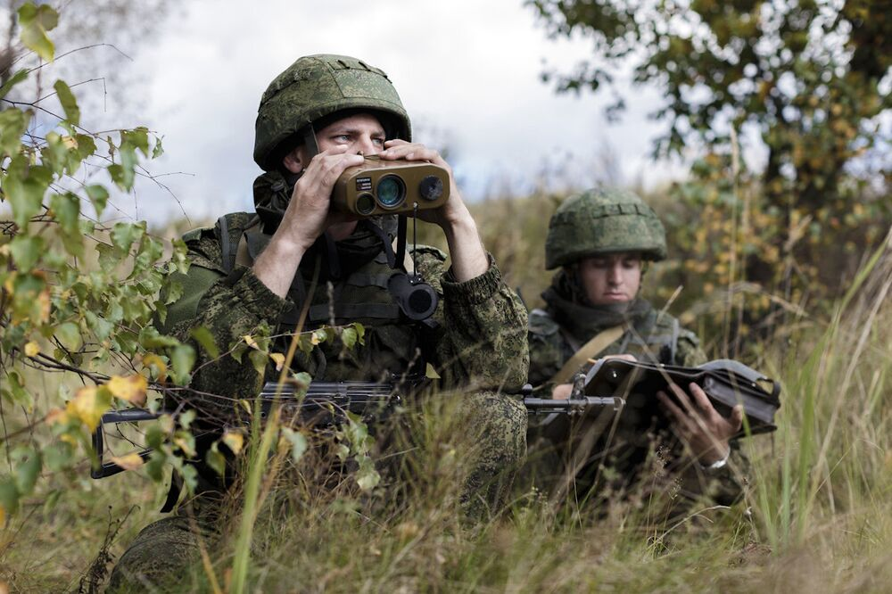 Defenders of the Fatherland: Celebrating Russia's Military Might