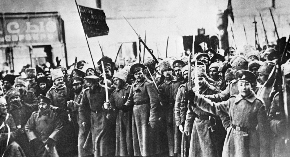 Soldiers of 1917 February Revolution.