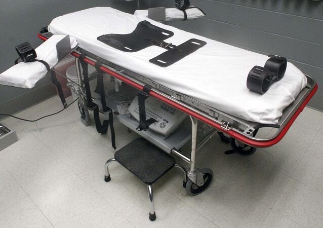 This Nov. 18, 2011 file photo shows the execution room at the Oregon State Penitentiary.