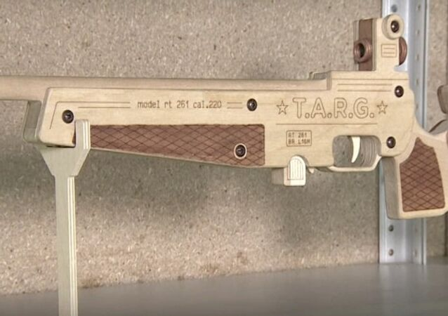 Russia's TARG Presents Wooden Firearms