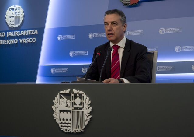 Head of the regional Basque government Inigo Urkullu Basque speaks during a press conference in Donostia (San Sebastian) on March 17, 2017 held to inform that Basque separatist group ETA plans to fully lay down its weapons by April 8 by providing the location of its arms stockpiles