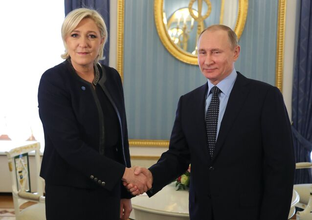 Russian President V. Putin has met the party leader of France National Front M. Le Pen